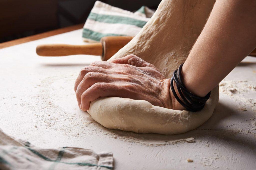 In fast allen Lebensmitteln ist Zucker versteckt, gerade in Fertiggerichten wie zum Beispiel Pizza.