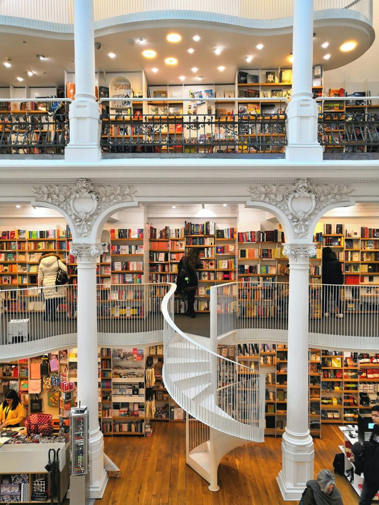 Beautiful bookstore. Bookstores need help now during the corona crisis!
