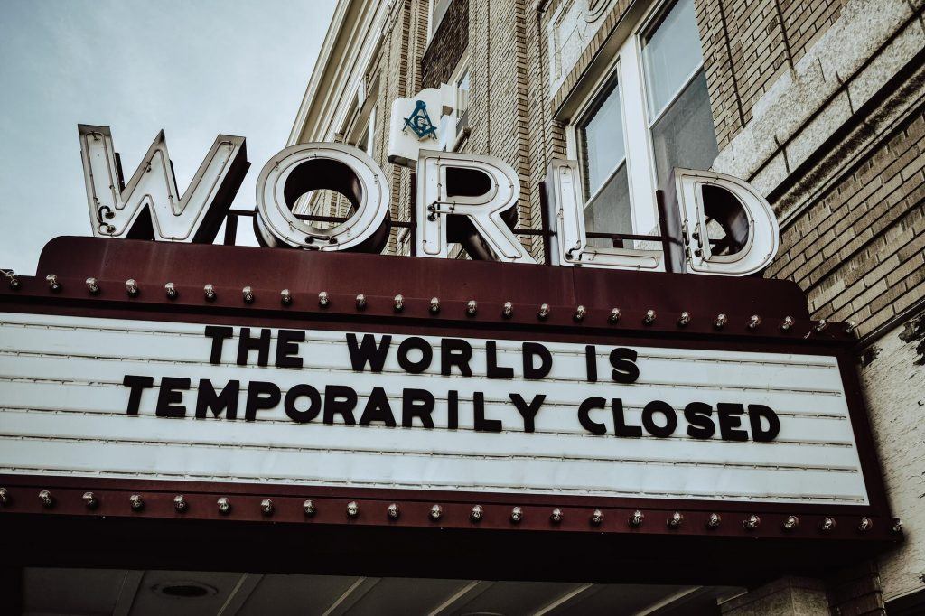The world is temporarily closed. How can we help local businesses in the corona crisis?